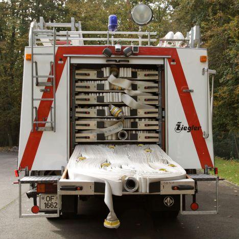 Schlauchwagen SW2000 mit geöffneter Schublade