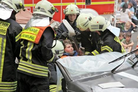 ܜbung Hilfeleistung nach einem Verkehrsunfall
