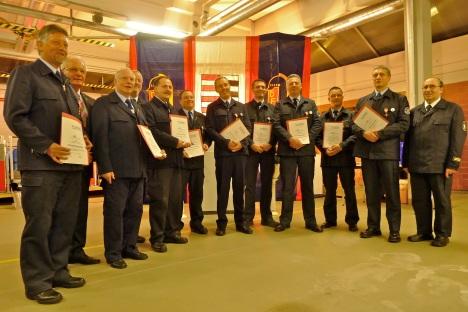 Ehrung verdienter Feuerwehrleute im November 2012
