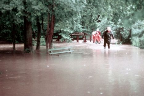Hochwasser Hengstbach Zeppelinheim 1979