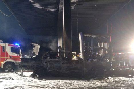 Unfall in Tankstelle an der B44 bei Zeppelinheim