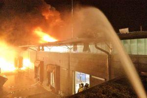 Großbrand Dietzenbach -- Lagerhalle
