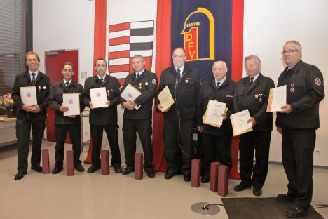 Ehrung verdienter Feuerwehrangehoriger