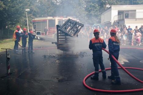 Tag der offenen Tür Feuerwehr Zeppelinheim August 2017: Übung der Jugendfeuerwehr