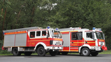 Altes HLF 16 und neues HLF 20 nebeneinander